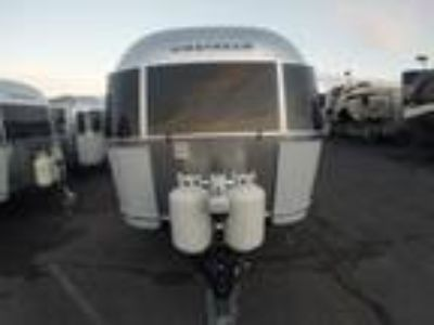 2019 Airstream Airstream Flying Cloud 23FB