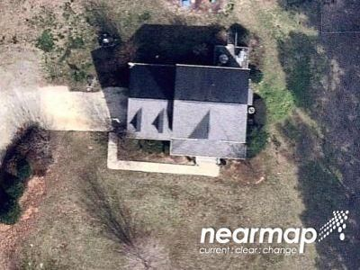 3 Bed 2.8 Bath Preforeclosure Property in Greensboro, NC 27455 - Air Harbor Rd