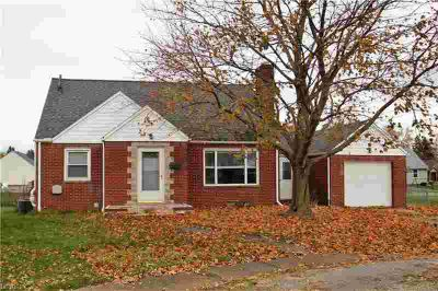 527 Grandview Ave Northwest Canton Three BR, Wait until you see