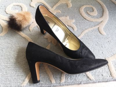 Black classic black shoes