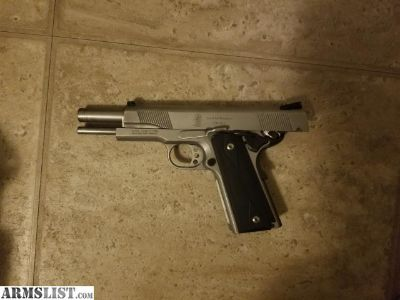 For Sale: Smith and Wesson 1911
