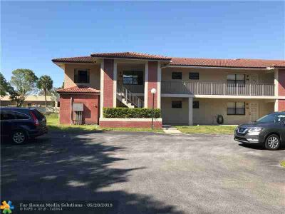 9613 NW 4th St CORAL SPRINGS Two BR, back in the market!!!great