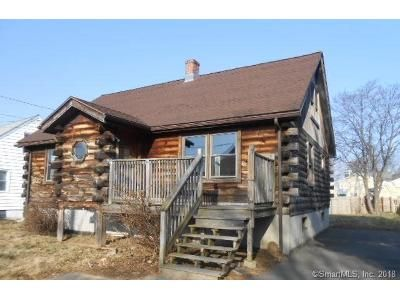 2 Bed 2 Bath Foreclosure Property in Stratford, CT 06614 - Edwin St