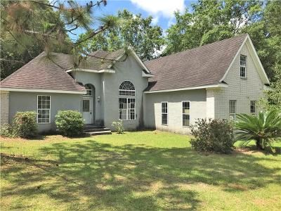 2 Bed 2 Bath Foreclosure Property in Mobile, AL 36695 - W Oak Ct