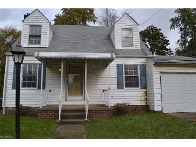 3 Bed 1.5 Bath Foreclosure Property in Canton, OH 44714 - 16th St NE