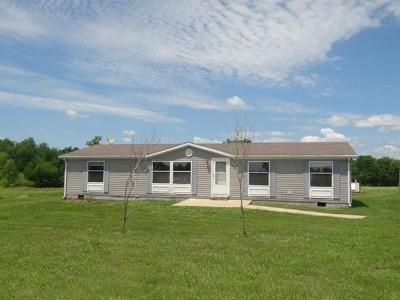 4 Bed 2 Bath Foreclosure Property in Holden, MO 64040 - SW 825th Rd