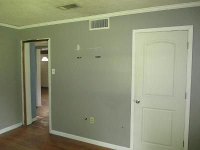 1 Bed 1.0 Bath Foreclosure Property in Jacksonville, AR 72076 - Mcarthur Dr