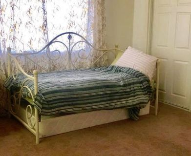 Twin Daybed Barely used Twin Mattress and White Iron frame
