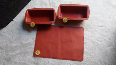 bake ware cookie sheet and bread pans