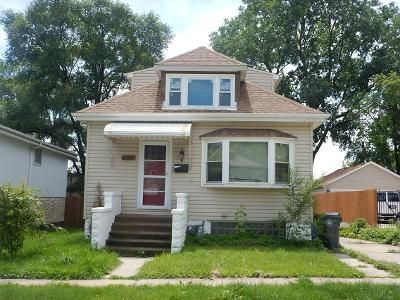 4 Bed 2 Bath Foreclosure Property in Lyons, IL 60534 - 46th St