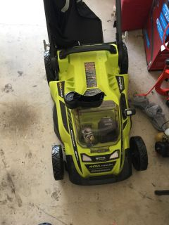 Lawnmower & lawn care items