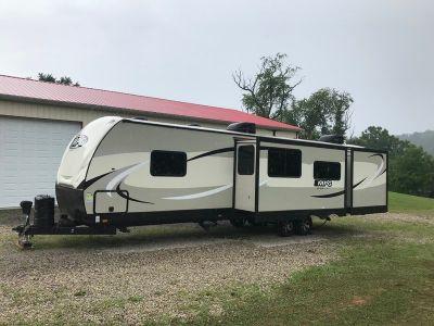 2018 Cruiser RV MPG 3300BH