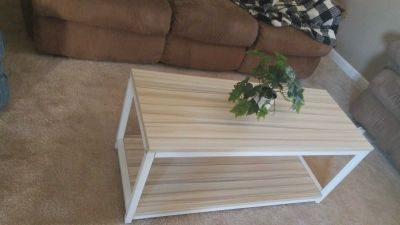 White and maple all metal sturdy coffee table/bench