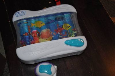 Musical Aquarium Crib Toy