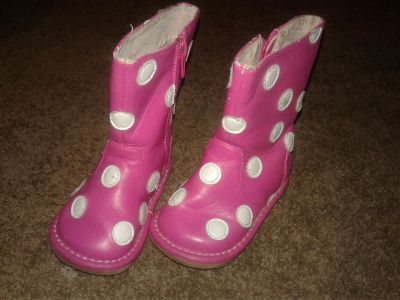 Toddler boots..size 5