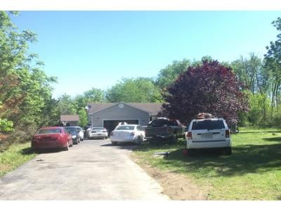 3 Bed 2.0 Bath Preforeclosure Property in Bunker Hill, WV 25413 - Cider Dr