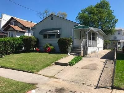 3 Bed 2 Bath Foreclosure Property in Springfield Gardens, NY 11413 - Edgewood Ave