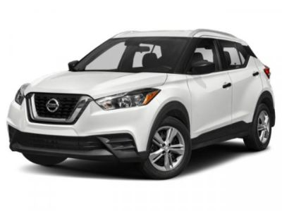 2019 Nissan Kicks SV (Brilliant Silver Metallic)