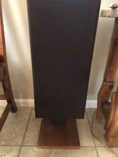 B & W Bowers & Wilkins Speakers, Model DM 14