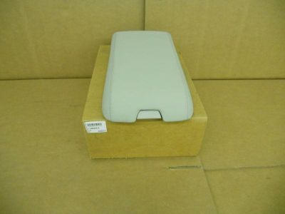 Sell New OEM 04-05 Convertible 04-06 Cadillac XLR Center Console door GM# 89039715 motorcycle in Columbus, Ohio, US, for US $200.00