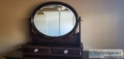Tabletop mirror w drawers