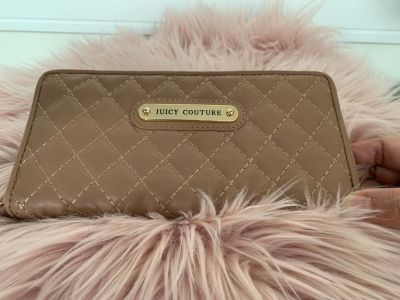 Juicy couture quilted beige long wallet