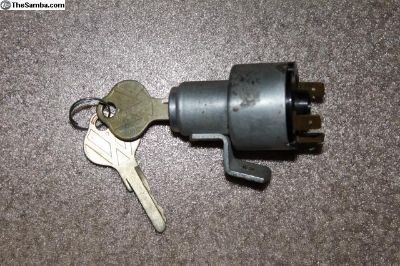 61-63 Bus Ignition Switch With Key 4E5