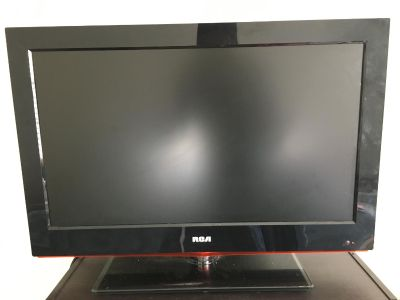 26 in RCA Flatscreen TV with DVD player