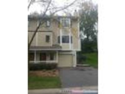 Spacious townhome Two large BR 2.5 BA Aug. 1st