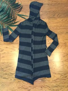 Gap Navy & Gray Hooded Striped Duster Cardigan. Size S. Missing belt but loops can be cut off or worn w/any belt