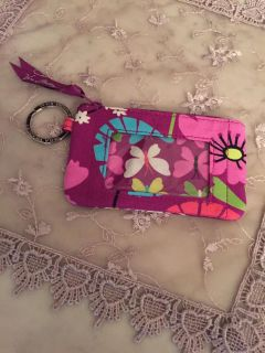 Vera Bradley money and ID purse. In very nice condition.