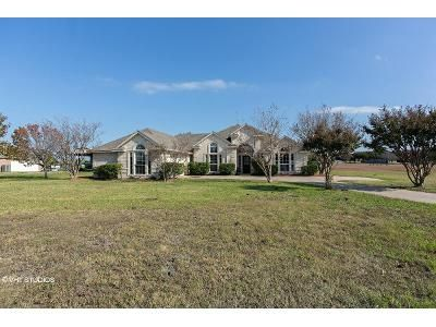 4 Bed 2 Bath Foreclosure Property in Forney, TX 75126 - Golden Meadow Ln