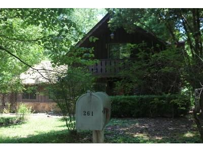 4 Bed 2 Bath Foreclosure Property in Russellville, AR 72802 - Steep Ln