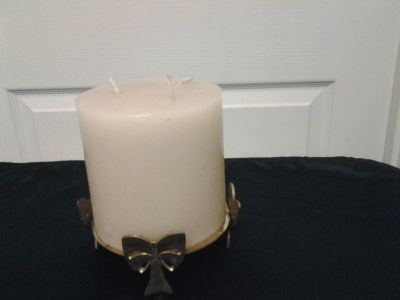 Brass Bow Candle Holder/Stand