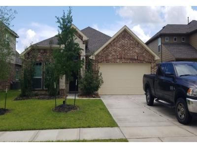 3 Bed 2 Bath Preforeclosure Property in Crosby, TX 77532 - Spectacled Bear Ln