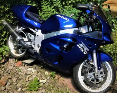 Suzuki GSXR 600 with Less than 10,000 Miles, Many Upgrades
