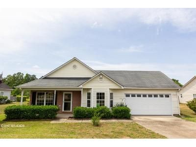 3 Bed 2 Bath Foreclosure Property in Macon, GA 31216 - Mill Meadow Rd