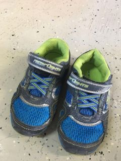 Stride Rite Toddler Shoes size 8w