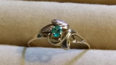 Natural emerald gold ring size 8