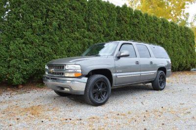 2000 Chevrolet Suburban 1500 4WD LT