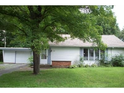 3 Bed 1 Bath Foreclosure Property in Laporte, IN 46350 - 5th St