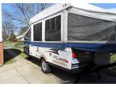 2008 Coachmen Clipper Travel Trailer in Livonia, MI