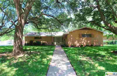 2001 S 45th Street TEMPLE Three BR, Charming 3/2/2 in the heart