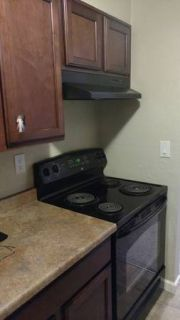 2 BR 1.5 Bath Apartment for Sublease
