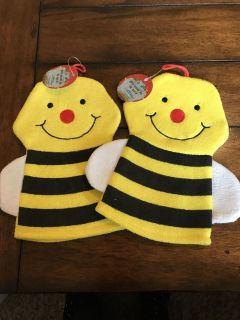 2 Bath Time Puppet/scrubbers