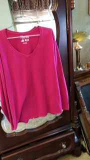 Hanes Pink Long Sleeve, V-Neck Top - Size 2XL