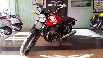 2016 Moto Guzzi V7 Special Street / Supermoto Motorcycles Middleton, WI