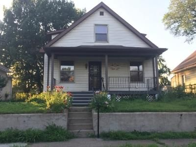 3 Bed 2 Bath Foreclosure Property in Granite City, IL 62040 - Lee Ave