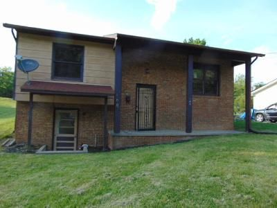 3 Bed 2 Bath Foreclosure Property in White Sulphur Springs, WV 24986 - Barton Rd