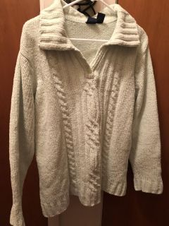 Light green sweater. Soft. Nice condition. Size 1X.